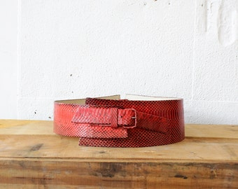 Snakeskin Belt • Red Leather Belt • Avant Garde Designer Belt • Leather Corset Belt • 80s Belt • Red Belt Snake Skin • Corset Leather |BT261