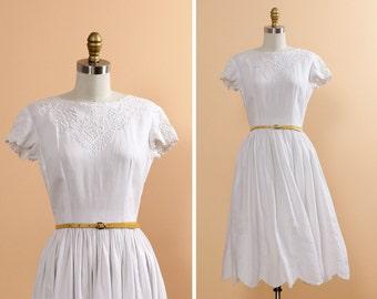 50s Embroidered Dress XS • White Linen Dress • Cap Sleeve Dress • Low Back Tea Length Dress • Linen Sundress • 50s White Dress   D239