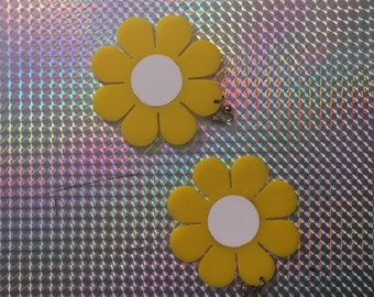 Flower power earrings (made to order)