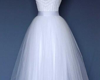 Wedding tulle skirt. Long tulle skirt. Over skirt white.