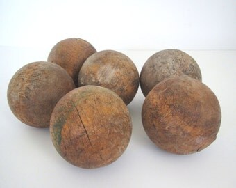 Vintage wood croquet balls/ weathered/ lawn balls/texture/set of six