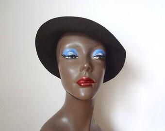 1930s-40s Tilt Hat - espresso brown velvet velour cap - art deco accessory