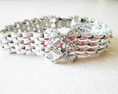MINT silvertone Coro Pegasus Aurora Borealis link style RUNWAY statement bracelet