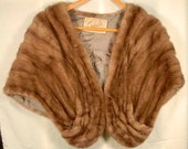HONEY BLONDE MINK Stole Vintage Genuine Fur 1950's Cape Wrap  with Pockets 289