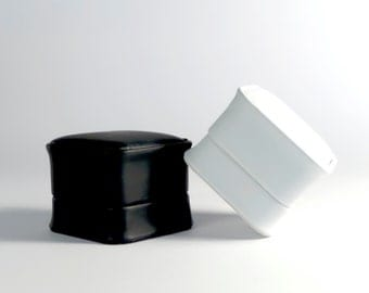 Ring Box for Wedding Rings or Engagement Rings in Black or White leatherette PC702