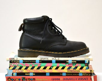 Amazing 90s Black Dr. Martens Boots Size Women 8 1/2 // Vintage Doc Marten Black Boots Size 6 UK Made in England
