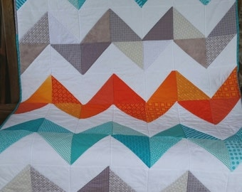 Chevron Baby Quilt, Toddler Quilt, Crib Bedding, Toddler Bedding, Quilt, Choose Your Colors