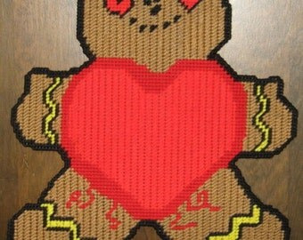 Gingerbreadmans Hearrt Plastic Canvas Pattern
