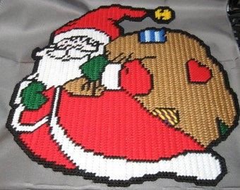 Rolly Polly Santa Plastic Canvas Pattern