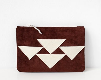 Tribal Triangles Pouch No. ZPOK-101