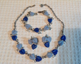 Thermoset Jewelry Set , 50's, blue leaves
