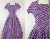 Vintage 1950s Dress / Purple and Pink Squares / Cotton Day Dress / Drop Waist / Junior XS