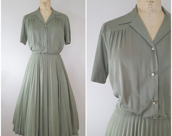 Vintage 1970s Does 1950s Dress / Olive Green Dress / Elastic Waist / Full Pleated Skirt / Small AND Medium