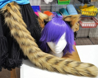 Zigzag Siberian Tiger Tail and Ears Set