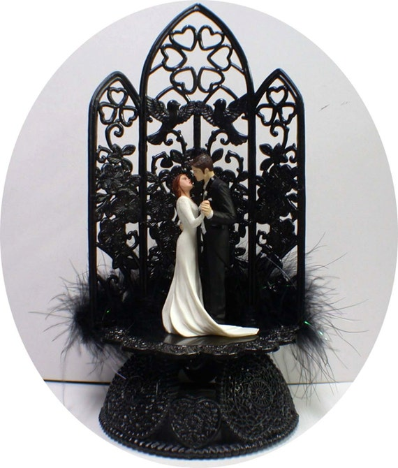 Edward And Bellas Wedding Cake Toppers Halloween Twlight