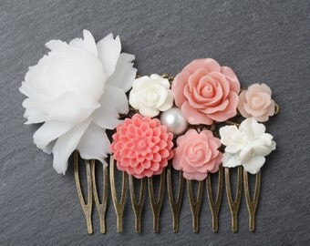 White and Coral Hair Comb, flower hair comb, Coral headpiece, Coral Wedding hair accessories, Coral Bridesmaid gift, Maid of Honor Gift
