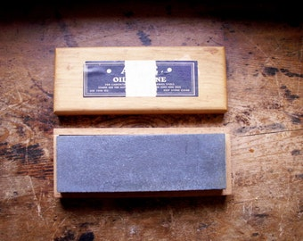 Vintage Two Sided Oilstone in Original Wood Box - Hone for Knife Sharpening