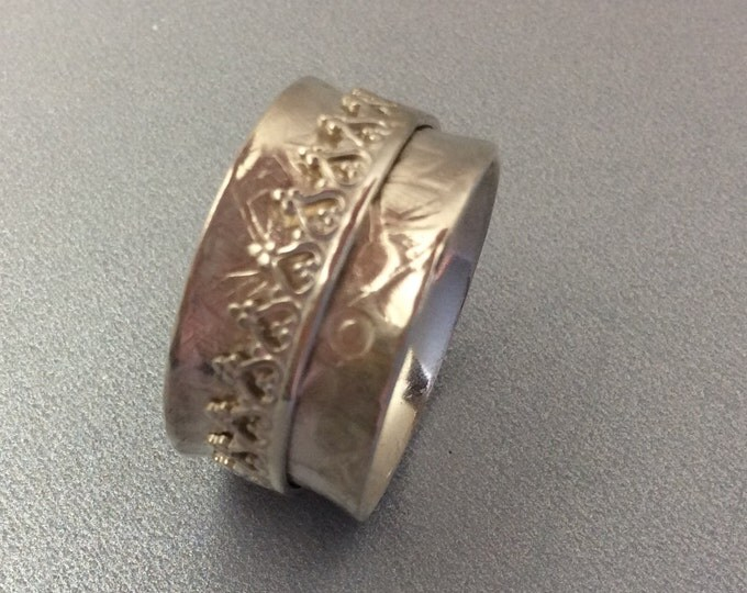 Sterling silver spinner ring with Sterling spinner