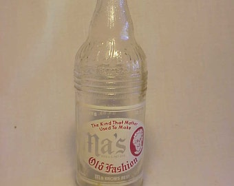 1948 Ma's Old Fashion Root Beer troy, N.Y. , ACL Painted Label Crown Top Soda Bottle