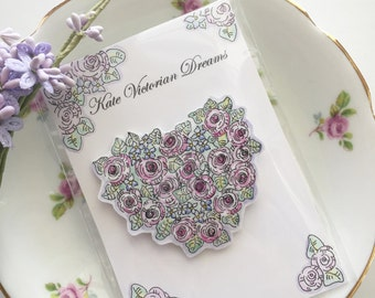 Magnet, Cabbage Roses, English Garden, Heart, Wreath, Love, Romance, Cottage Chic,  Art