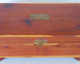 Beautiful Vintage Cedar Trinket Box With Inscription Inside Christmas 1934