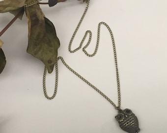CA Large Owl Necklace_Vintage Gold