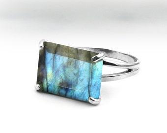 SALE - Silver statement ring,labradorite ring,gemstone ring,semiprecious ring,rectangular ring,rectangle ring,sterling ring