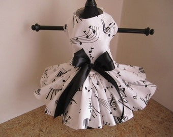 Dog Dress XS White with Black   By Nina's Couture Closet