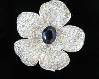 1940s Crown Trifari Rhinestone Flower Clip  // Sapphire Stone Center Pin Brooch Dress Clip