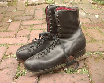 Vintage women's Ice Skates size 11, Made in Canada, Black leather ice skates, Christmas Gift for ice skater, girl's ice skates