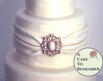 Ornate DIY Wedding Cake Edible Brooch Diamonds Jewels