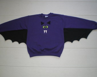 Kids Bat Shirt with batwings and applique face. Halloween costume, bat sweatshirt, vampire bat, Your choice of colors and size, GO BATTY