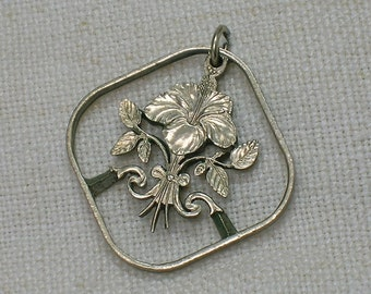 Coin Pendant, Bahamas Hibiscus Flower, Jigsaw Cut