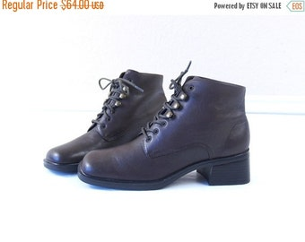 vtg 80s brown LACE UP leather Ankle BOOTS chunky 6 boho oxfords heels grunge brogues preppy shoes