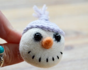 Christmas Snowman Felt Brooch - Needle Felted White Felt with a Pastle Purple Crocheted Hat