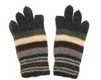 Needle Knit iPhone Gloves in natural wool. Size M.