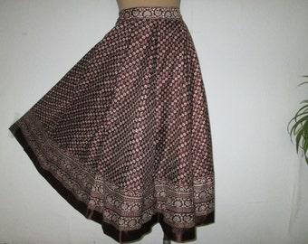 Circle Silk Skirt / Skirt Vintage / Brown /  White / Circle Skirt / Size EUR34 / 36 / UK6 / 8