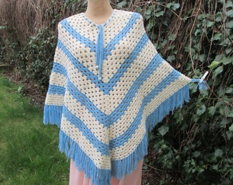 Woolen Poncho Vintage / Warmer / Blue / White / Adjustable Neckline