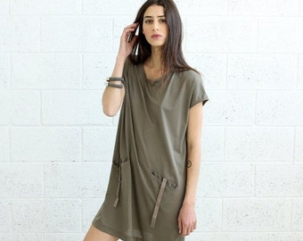 Valentines day SALE!T-shirt Dress With Leather Details, Grey.