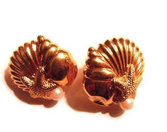 Signed AVON gold shell pierced earrings PERFECT