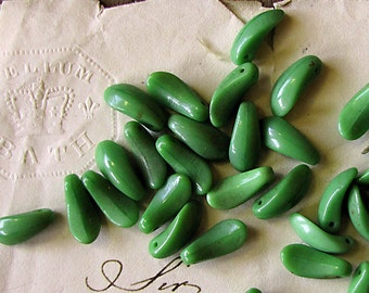 vintage green glass leaf beads - pre-war scoop shape - dagger beads - tooth beads - 12mm - 10 beads