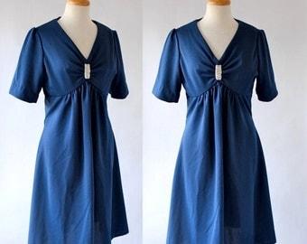THE LOVE SALE 60s Dress / 60s Day Dress / 60s Polyester Dress / Mad Men Era Dress