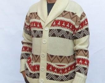 Vintage 1970s Men's Aztec cardigan knit sweater, native american-inspired, Aztec geometric, Big Lebowski.  Ivory rust brown Taupe Large XL