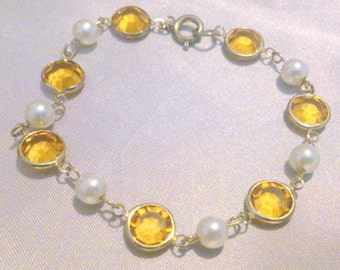 Vintage Faux Pearl and Yellow Glass Crystal Bracelet