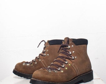 40% off SALE 6 | Swiss Made Hiking Trail Boots Brown Mountaineering Hikers (marked boys 4 E)