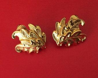 Shiny Gold Oak  Leaf and Clip On Earrings