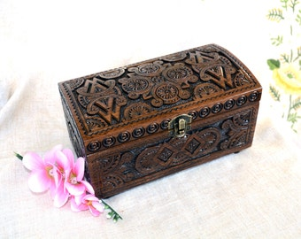 Jewelry box Ring box Wooden box Wood box Wooden boxes Wedding gift Jewelry boxes Jewellery box Wood carving Medieval wooden jewelry box B16