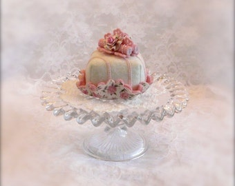 Felt Cake:  Creamy White and Pink Fondant Striped Cakelet
