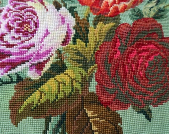 Beautiful floral vintage wool tapestry to frame or make into a cushion / bag