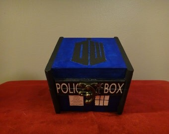 Custom Painted Wooden Keepsake Box - Doctor Who (Tardis)